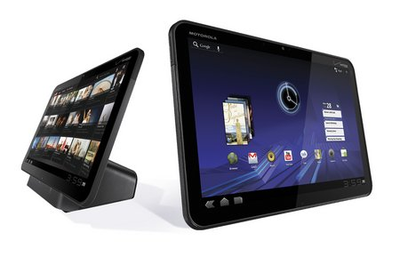 "Motorola presenta su 'tablet' en la SuperBowl como la alternativa a la ""alienación"" de Apple"