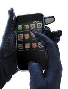 SmartTouch presenta unos guantes para usar pantallas táctiles