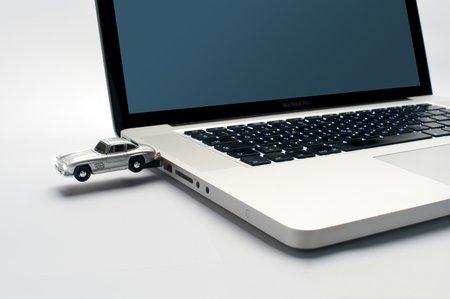 mercedes-stick laptop low
