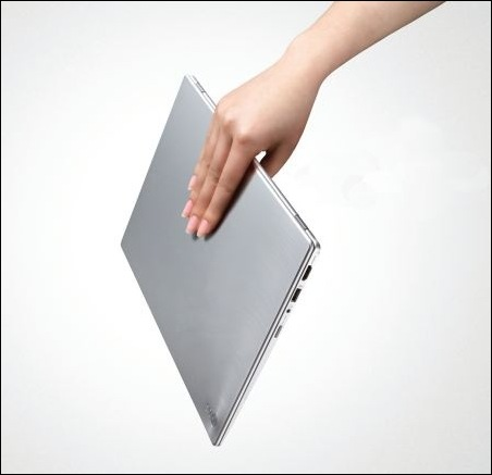 LG Z330_02