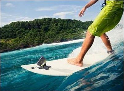 """Sony lanza monturas para tabla de surf, cabeza y """"flotador"""" para su videocámara Action Cam"""