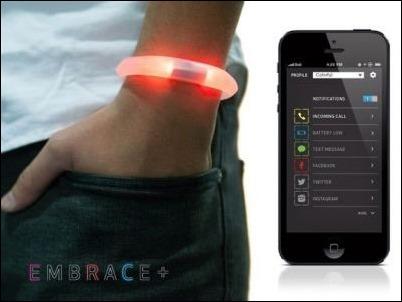 Embrace+ la pulsera electrónica que avisa de las notificaciones del móvil