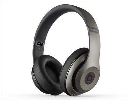 studio-wireless-titanium-quarter
