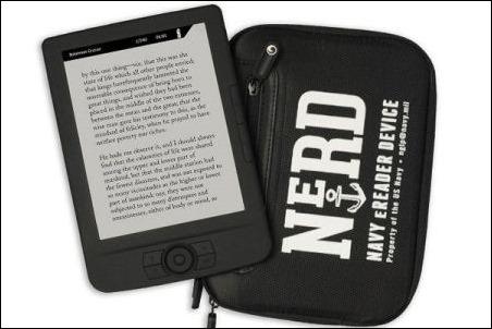 """""""NeRD"""", el nuevo lector de libros digitales de la Marina de EE.UU."""