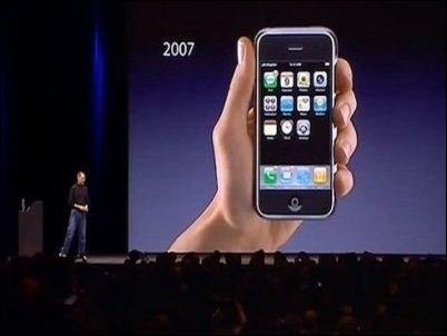 Subastan en eBay un iPhone original por 15.000 dólares