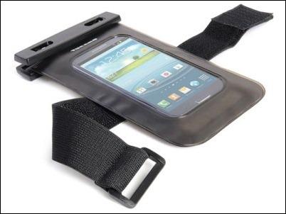 Nemo, la nueva funda waterproof para smartphones de Tucano