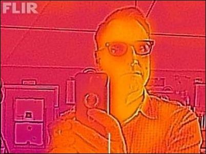 Ahora puedes convertir tu iPhone en una cámara infrarroja