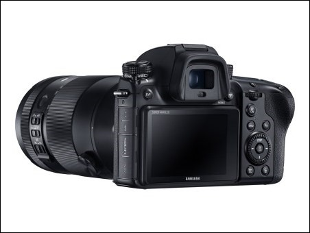 NX1 with 50-150MM_4
