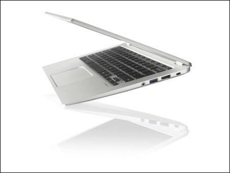 Toshiba Chromebook 2 CB30-B_full product_beauty_02