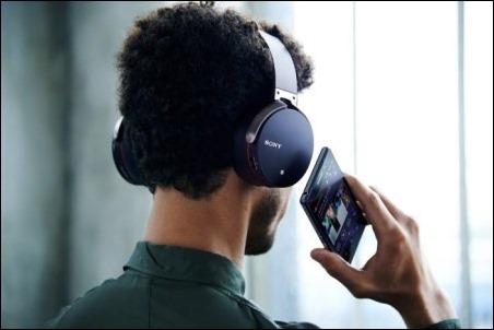 Música en libertad con los tres nuevos auriculares inalámbricos Bluetooth de Sony
