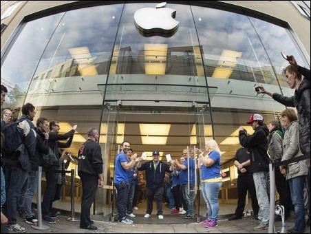 El iPhone 6 llega a las tiendas
