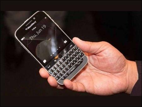 """El Blackberry """"Classic"""" será lanzado el 17 de diciembre"""