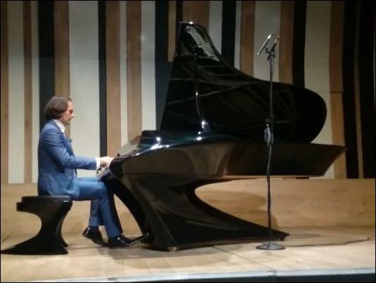 pianoGergely Boganyi (5)