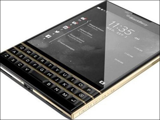 BlackBerry lanza edición exclusiva del Passport en dorado