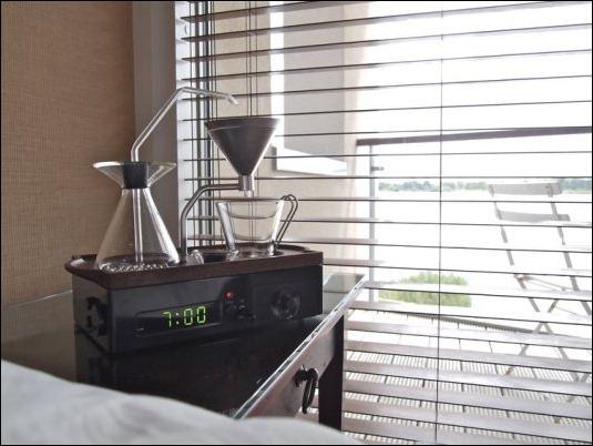 La solución perfecta para los dormilones: Reloj Despertador Cafetera