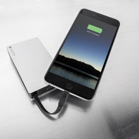 powerstation plus_charging iphone 6