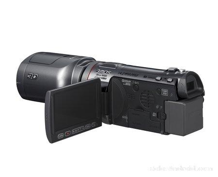 Panasonic presenta la primera videocámara del mundo que graba en 3D, la nueva HDC-SDT750