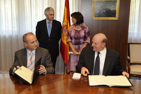 Acuerdo Ministerio de Industria Turismo Comercio-La Caixa-HP-Microsoft-02