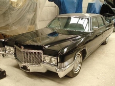 El portal web &#8216;coches.net&#8217; vende el Cadillac Fleetwood Brougham que utiliz Franco
