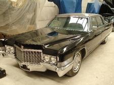El portal web 'coches.net' vende el Cadillac Fleetwood Brougham que utilizó Franco
