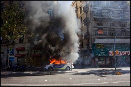 quema coche patrulla 29S