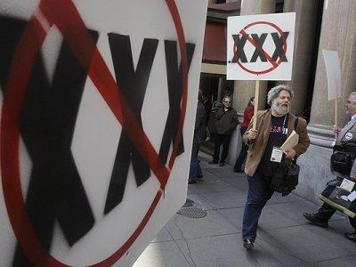 """Autorizados los dominios """"XXX"""""""
