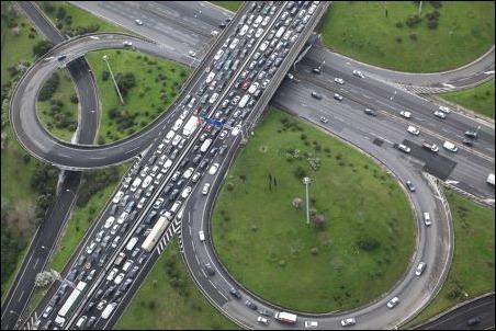 Operación salida sin atascos: TomTom Traffic