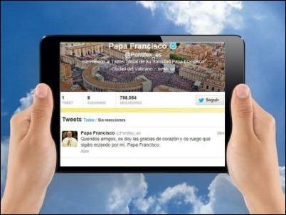 Papa Francisco supera los 15 millones de seguidores en Twitter