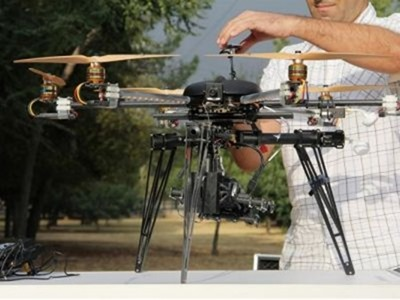 Crean drone que puede hackear tu smartphone a distancia