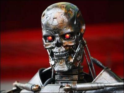 """Ejecutivos de Google se protegen de ataques de """"robots asesinos"""""""