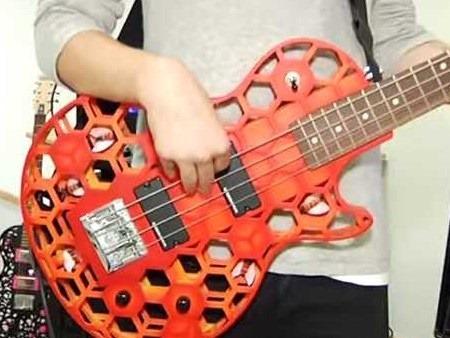 Estudiantes alemanes de música realizan concierto con instrumentos impresos en 3D