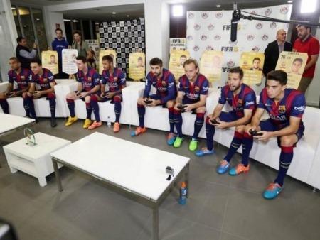 Barça vs. Barça: los jugadores blaugranas se enfrentaron en FIFA 15