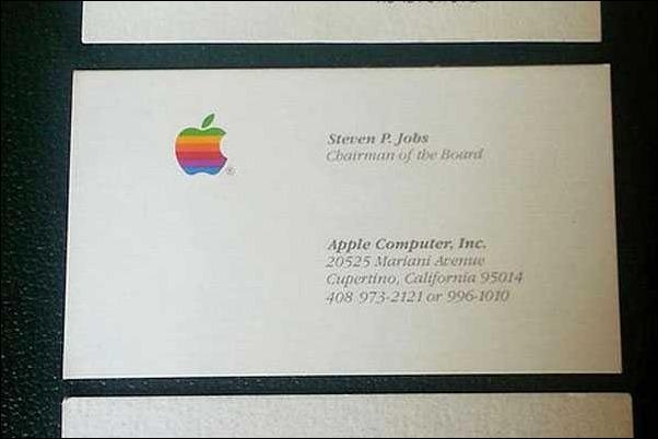Tres tarjetas de presentación de Steve Jobs se vendieron por US$ 10 mil en una subasta