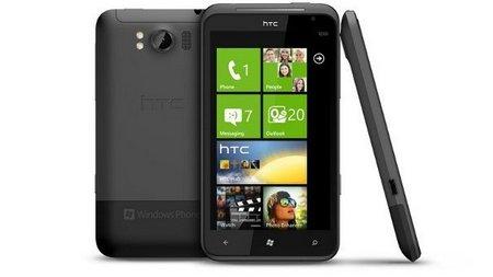 HTC se adelanta a Nokia con el primer Windows Phone en China