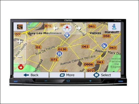 Clarion NX702ETRK: Una estación multimedia DVD 2 DIN, con navegación integrada pensada para vehículos pesados